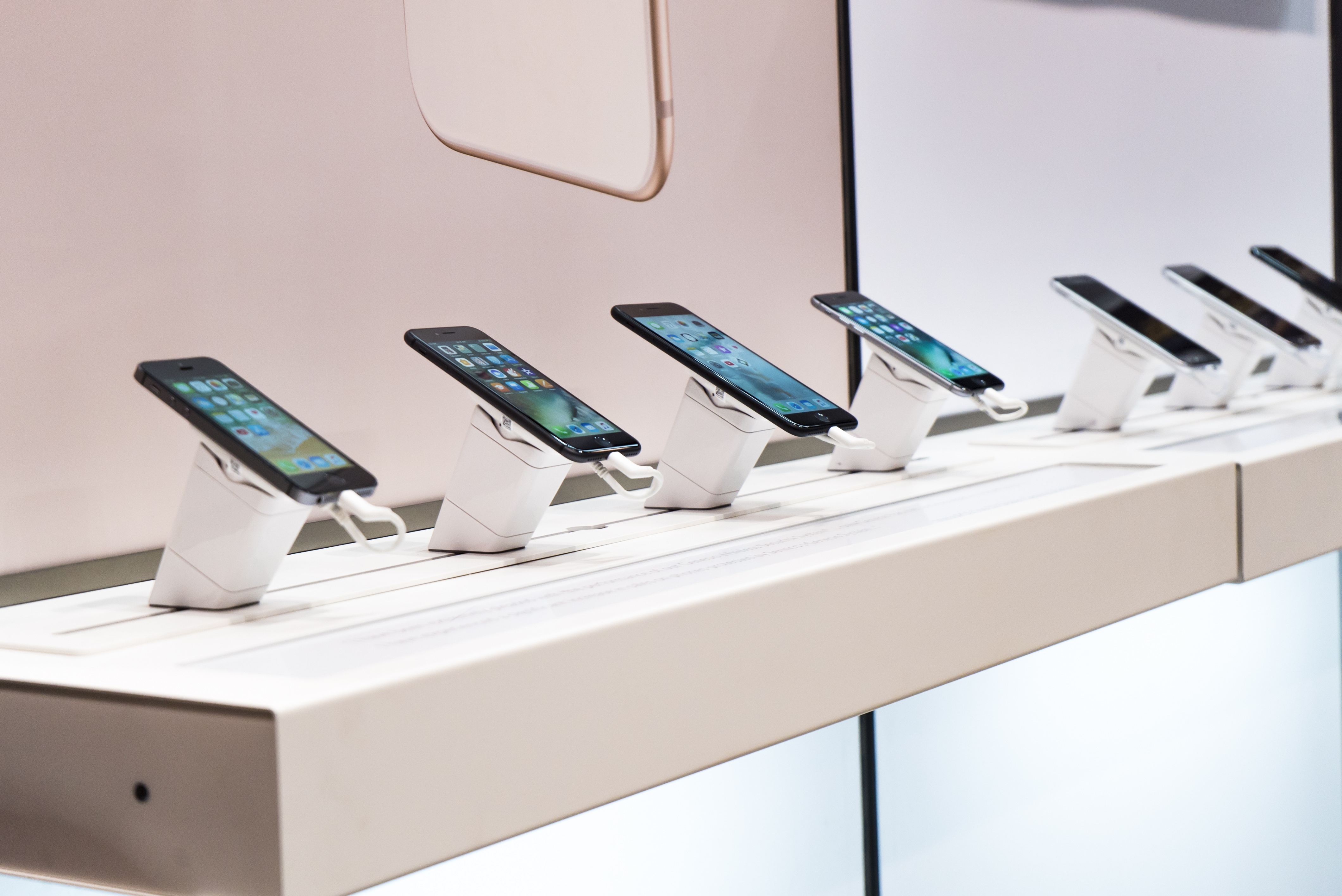 The Importance of Investing in Security Devices for Electronics on Display – Retail Theft Prevention